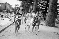 girls at the beach, Manly, Sydney summer 2019  #110 (lynnb's snaps) Tags: 35mm ilfordhp5 leicacl mrokkor40mmf2 manly manlybeach xtol bw film girls street teenage leicafilmphotography 2019 sydney australia coast summer bikinis teenagers happy beach ©copyrightlynnburdekinallrightsreserved