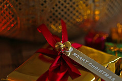 Wishing you a Merry Christmas, full of love, joy and happiness ! (eleni m) Tags: xmas christmas merrychristmas macro present ribbon bells dof red bokeh 2018