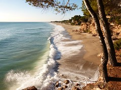 Miami Platja (16) (calafellvalo) Tags: baixcampmontroighospitaletdelinfantvandellòscalafellvalo costadaurada baixcamp hospitaletdelinfant vandellòs vandellos calafellvalo miami miamiplaya montroig beach playa arena azul landscapes paisajes mediterranean mediteráneo reus