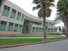 Manhattan Beach (3) (Peter Newton, Assoc AIA, CSBA, PMP) Tags: manhattanbeach california greenline officepark