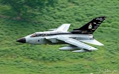 Panavia Tornado GR4 (Steve Moore-Vale) Tags: gr4 panavia tornado banking machloop specialtail topside wales lowflying machynlleth loop jet military uk plane aeroplane airplane aviation