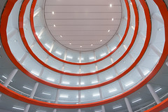 Orange spiral (Jan van der Wolf) Tags: map18733v leiden architecture architectuur spiral orange oranje parking parkinggarage parkeergarage lines lijnen lijnenspel playoflines interplayoflines spiraal