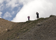 Paparazzi on the Ridge - phil and cami 2 (nicoangleys) Tags: lautaret coldugalibier france2018