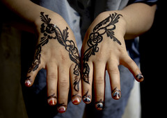 Floral Designs Drawn With Henna On A Girl Hands, Amran,  Yemen (Eric Lafforgue) Tags: adult arabia arabiafelix arabianpeninsula closeup colourpicture day flowershaped hand hands henna horizontal onegirl oneperson placeofinterest realpeople woman yemen mg6706 houthis amran