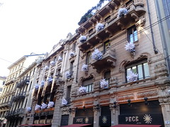 Milano (56) (pensivelaw1) Tags: italy milan statues trump starbucks romanruins thefinger trams cakes architecture