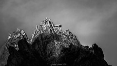 Silver Evening Light (Frédéric Fossard) Tags: monochrome noiretblanc blackandwhite texture painting peinture art surréaliste abstrait montagne mountain surreal abstract cimes crêtes arêtes ridge mountainscape paysage landscape mountaintop summit sommet rock rocher mountainpeak alpes hautesavoie aiguilledutour massifdumontblanc argent silver lumière light sunset soir evening silverlight gendarme table