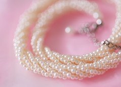 A touch of elegance (Through Serena's Lens) Tags: lookingcloseonfriday pearls tiny elegance costumejewelry necklace bokeh dof tabletop macro canoneos6dmarkii