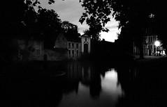 Bruges (david zhornski) Tags: film ishootfilm m6 135mm trix kodak night nuit belgium belgique bruges blackandwhite noiretblanc argentique analog monochrome summilux35 summilux leicam6
