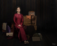 Storyline Photography Vietnamese Viet Nam Ao Dai (Hai Tuoi) Tags: storyline photography vietnamese viet nam ao dai red traditional dress studio portrait chup hinh nhiep anh fashion model fantasy art