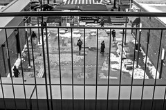Everyone in the right place. (Capitancapitan) Tags: place everyone people pentax manhattan black white street photography pop rock neury luciano urim y tumim