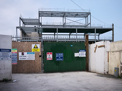 Florentine Centre Bray Construction (turgidson) Tags: panasonic lumix dmc g7 panasoniclumixdmcg7 panasonicg7 micro four thirds microfourthirds m43 g lumixg mirrorless 20mm f17 asph panasonic20mmf17asph 20mmf17 20mmf17asph prime lens primelens pancake hh020 silkypix developer studio pro 9 silkypixdeveloperstudiopro9 raw p1290383 florentine centre florentinecentre bray wicklow ireland shopping shoppingcentre construction development florence florenceroad quinsborough quinnsborough quinsboro quinnsboro road oakmount steel frame