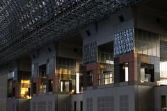 Les colonnes de la gare (stephanexposeinjapan) Tags: japon japan asia asie stephanexpose kyoto kyotostation architecture canon 600d 1635mm gare