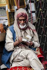 Money, Chandni Chowk (Valdas Photo Trip) Tags: india delhi chandni chowk street photography portrait travel indian