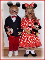 Micky und Minnie (ursula.valtiner) Tags: puppe doll luis bärbel künstlerpuppe masterpiecedoll fasching carnival mickymaus minniemaus mickeymouse minniemouse