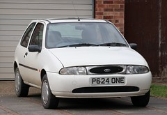 P624 ONE (Nivek.Old.Gold) Tags: 1997 ford fiesta flight 3door 1299cc dixon