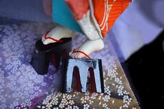 Wearing Geta: BJD Foot Mod Closeup (Bright Wish Kanzashi) Tags: bjd bjdkimono dollchateau hybridbjd thistle dollchateauhybrid dearminehybrid bjdfeet bjdfeetmod bjdgeta bjdshoes bjdmod