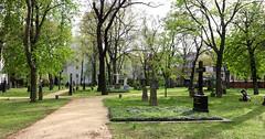 Berlín_0596 (Joanbrebo) Tags: altergarnisonfriedhof cementerio cementiris cemetery friedhof cemeteries tumbas tumbes tombs tombes berlin mitte de deutschland canoneos80d eosd efs1018mmf4556isstm autofocus