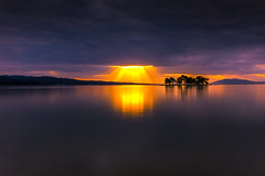 sunset 0692 (junjiaoyama) Tags: japan sunset sky light cloud weather landscape orange yellow blue color lake island water nature winter reflection calm dusk serene