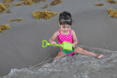 Corpus Christi - More Water ! (Drriss & Marrionn) Tags: corpuschristi texas usa water sea bay ocean coast coastline people beach waterfront bobhallpier child children play sand padreisland toddler