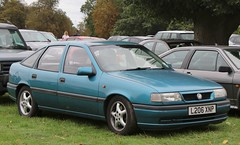 L206 XNP (2) (Nivek.Old.Gold) Tags: 1993 vauxhall cavalier v6 cesaro auto 5door 2495cc