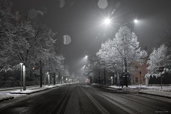 Snowfall in the city (alfapegaso) Tags: modena natale luminarie neve notte