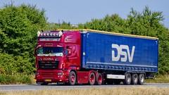 AH32397 (18.07.03, Motorvej 501, Viby J)DSC_3986_Balancer (Lav Ulv) Tags: 254393 truck truckphoto truckspotter traffic trafik verkehr cabover street road strasse vej commercialvehicles erhvervskøretøjer danmark denmark dänemark danishhauliers danskefirmaer danskevognmænd vehicle køretøj aarhus lkw lastbil lastvogn camion vehicule coe danemark danimarca lorry autocarra danoise vrachtwagen trækker hauler zugmaschine tractorunit tractor artic articulated semi sattelzug auflieger trailer sattelschlepper vogntog oplegger sættevogn motorway autobahn motorvej vibyj highway hiway autostrada scania rseries pgrseries scaniarseries dsv leifhansensøn topline v8 r560 e5 euro5 6x2 r6 curtainside gardintrailer planentrailer 2013 kronetrailer