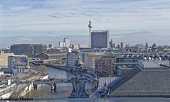 Berlin, Blick über die Stadt (bleibend) Tags: 2019 em5 leicadgsummilux25mmf14 omd architecture architektur architekture berlin bundeshauptstadt hauptstadt m43 mft olympus olympusem5 olympusomd