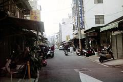 CONTAX TVS (star_1+6) Tags: film fujifilm filmneverdie filmcamera taipei taiwan roll compactcamera contax contaxtvs zeiss carlziess t