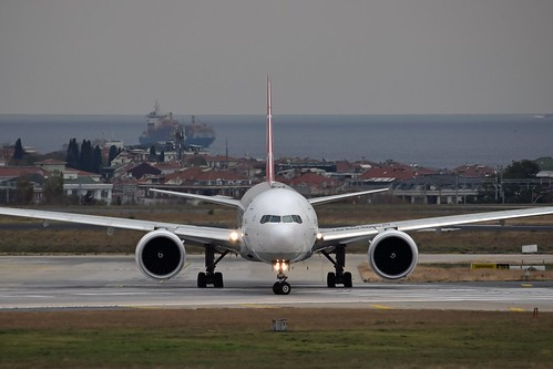 Turkish Airlines TC-LJA Boeing 777-3F2ER cn/44121-1296 @ LTBA / IST 24-11-2018