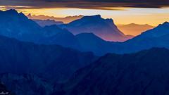 Yellow Sky @Chaiserstuel (Ziehe) Tags: schweiz chaiserstuel innerschweiz sonnenuntergang landschaft blue hour landscape sunrise wandern berge explore switzerland magic moments