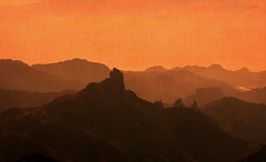 La magia de mi cumbre. Tejeda. Gran Canaria;-)) (☮ Montse;-)) OFF) Tags: grancanaria tejeda byn regalito díadelpadre 19319 mispilares