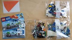 60208 - Polizei Flucht mit dem Fallschirm 01 (-Nightfall-) Tags: lego city 60208 polizei police flucht fallschirm parachute