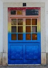 Sesimbra (hans pohl) Tags: portugal sesimbra setubal portes doors architecture streetart rues streets