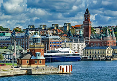 Helsingborg (werner boehm *) Tags: wernerboehm helsingborg sweden schweden cityscape hafen architecture