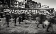 U lot are instagram zzzombies (Daz Smith) Tags: dazsmith fujifilmxt3 xt3 fuji city streetphotography people candid portrait citylife thecity urban streets uk monochrome blancoynegro blackandwhite mono instagram zombies blur london graffiti blurred feet walking