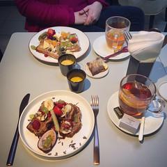 Delicious breakfast @ Bite Leuven (Kristel Van Loock) Tags: biteleuven bite leuven breakfast primacolazione frühstück ontbijt ontbijten breakfastphotography petitdéjeuner desayuno fooddrinks tiensestraat loveatfirstbite visitleuven seemyleuven atleuven louvain lovanio lovaina breakfastrestaurant leveninleuven leuvencity iloveleuven culinair leuveneet leuvensmaakt visitflanders visitflemishbrabant vlaamsbrabant vlaanderen flanders fiandre flandre flemishbrabant brabantefiammingo brabantflamand yummy hotspotleuven leuvenhotspot deliciousbreakfast