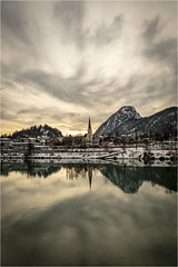 Reflections . River Inn . Kufstein (:: Blende 22 ::) Tags: reflections kufstein river inn evening longexposure austria tyrol city fortress kufsteinfortress roof bluesky blue sky canon canoneosd canoneos5dmarkiv ef2470mmf28lusm 2019