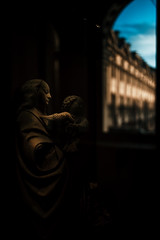 mother and child statue. (N.sino) Tags: leica m9 summilux50mm mother child statue louvre paris window 母子像 ルーブル美術館 雨上がり 青空 彫刻
