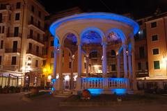 RapaIlo, chiostro della musica (Silvano Romairone) Tags: ricoh pentax pentaxk3 rapallo riviera notte night notturno