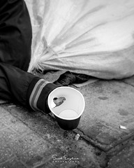 Forgotten (Senol.Empliouk) Tags: street streetphotography blackandwhite photography photo sony sonyalpha ilce7rm3