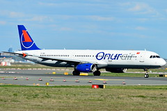 TC-OBY Onur Air Airbus A321-200 (czerwonyr) Tags: tcoby onur air airbus a321200