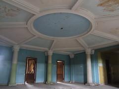 Interior of abandoned Sanatorium Iberia, 09.09.2013. (Dāvis Kļaviņš) Tags: georgia imeretiregion tsqaltubomunicipality ue abandoned sanatorium iberia