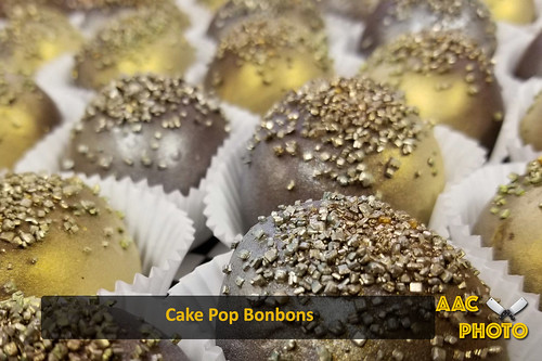 """Cake Pop Bonbons • <a style=""""font-size:0.8em;"""" href=""""http://www.flickr.com/photos/159796538@N03/46876582484/"""" target=""""_blank"""">View on Flickr</a>"""