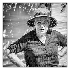 Market-woman (sdc_foto) Tags: sdcfoto street streetphotography bw blackandwhite pentax k1 woman market portrait view hat oldwoman france people