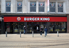 Burger King, Piccadilly, Manchester (Tony Worrall) Tags: gmr manchester manc city northwest architecture building urban welovethenorth nw north update place location uk england visit area attraction open stream tour country item greatbritain britain english british gb capture buy stock sell sale outside outdoors caught photo shoot shot picture captured ilobsterit instragram candid people group gather burgerking burgers fastfood
