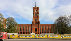 Berlín_0631 (Joanbrebo) Tags: rotesrathaus ayuntamiento edificios edificis arquitectura buildings berlin mitte de deutschland canoneos80d eosd efs1018mmf4556isstm autofocus