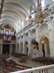 Bays and vaults of nave, Église Saint-Polycarpe, Lyon, France (Paul McClure DC) Tags: lyon france july2017 auvergnerhônealpes architecture historic church lacroixrousse