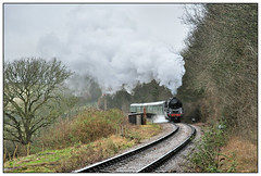 2019-0263 - 92212 between Alresford & Ropley. (johncheckley) Tags: d90 railway train passenger uksteam 9f hut