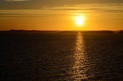 Golden Hour (pjpink) Tags: sun sunrise morning lakenasser lake desert nubia golden abusimbel egypt january 2019 winter pjpink 2catswithcameras