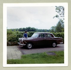 Wolseley 16/60 (Vintage Cars & People) Tags: vintage classic photo foto photography automobile car cars motor vehicle antique auto kodak kodacolor 1960s 60s sixties lady woman girl blouse vest wolseley 1660 wolseley1660 bmc ado9 farinasaloon